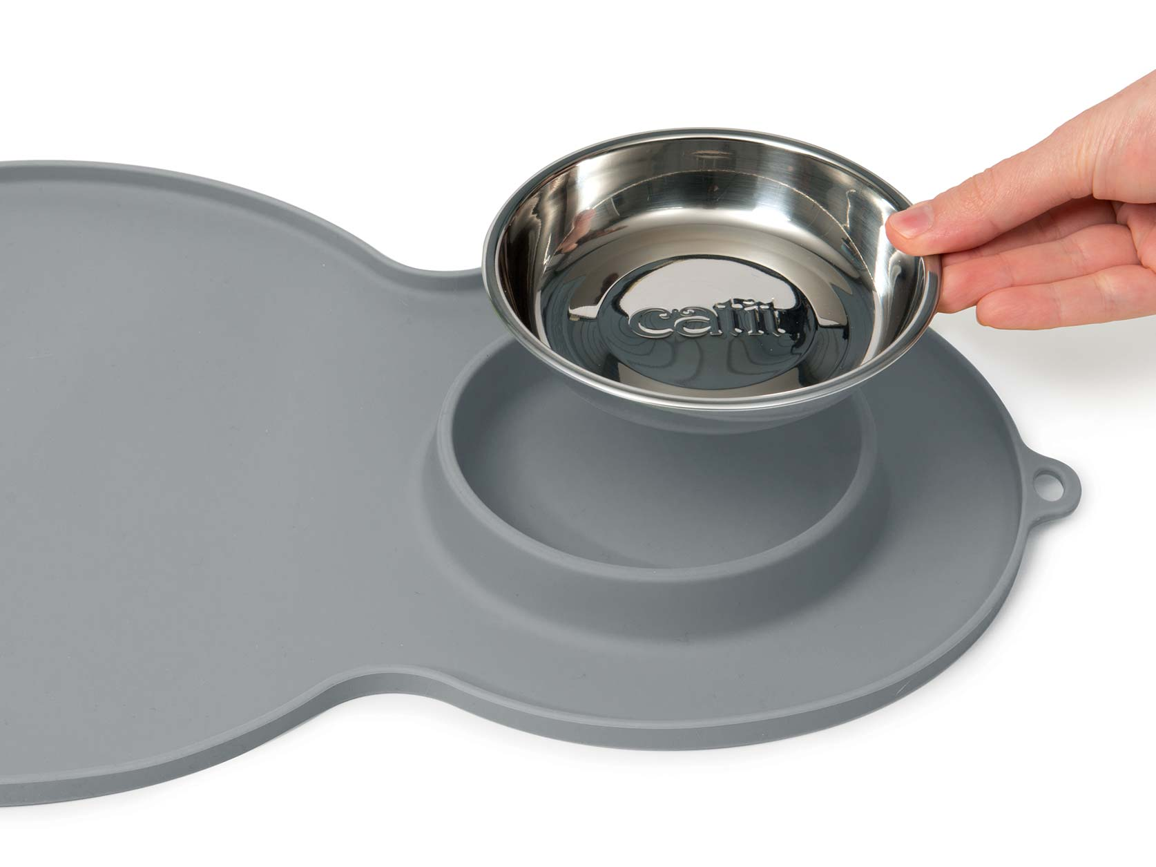 The peanut placemat grey is easy to clean