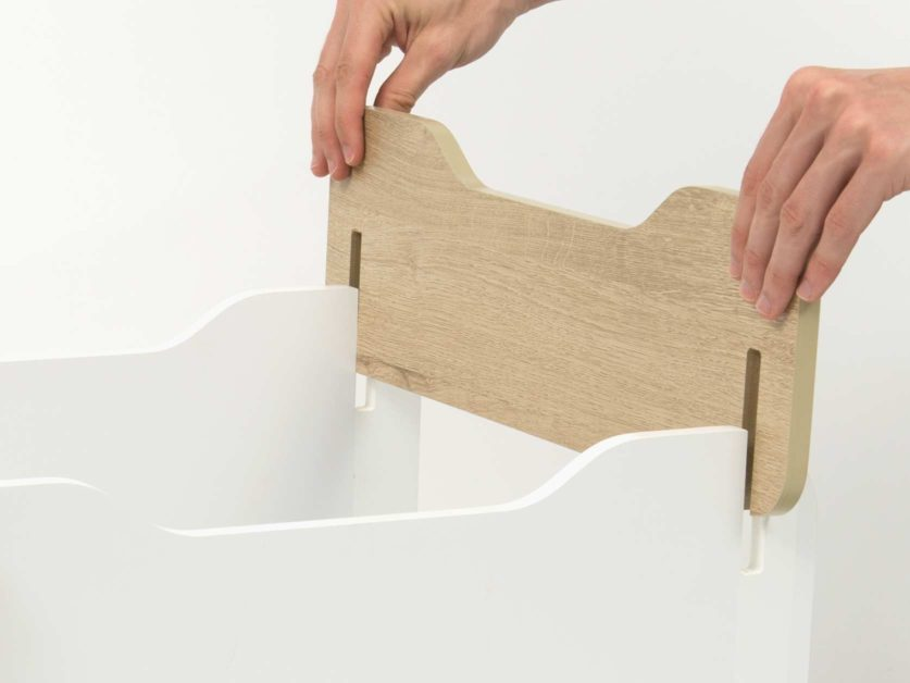 Easy to assemble - no tools required
